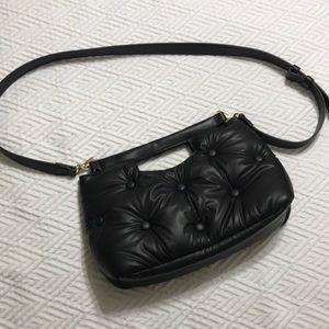 ✨🆕WOT FOREVER 21 TUFTED BAG
